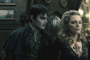 DARK SHADOWS Depp Michelle Pfeiffer Bild