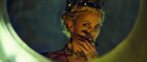 Snow White and The Huntsman Charlize Theron Spiegel Bild